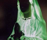 A Medjugorje una statua diventa fosforescente! Ma la Madonna lo sa?